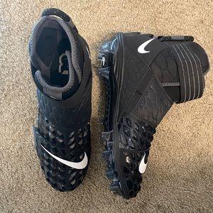 Nike Force Savage Elite 2 Football Cleats